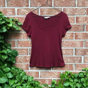 Basic Red Ribbed Scoop Neck Tee